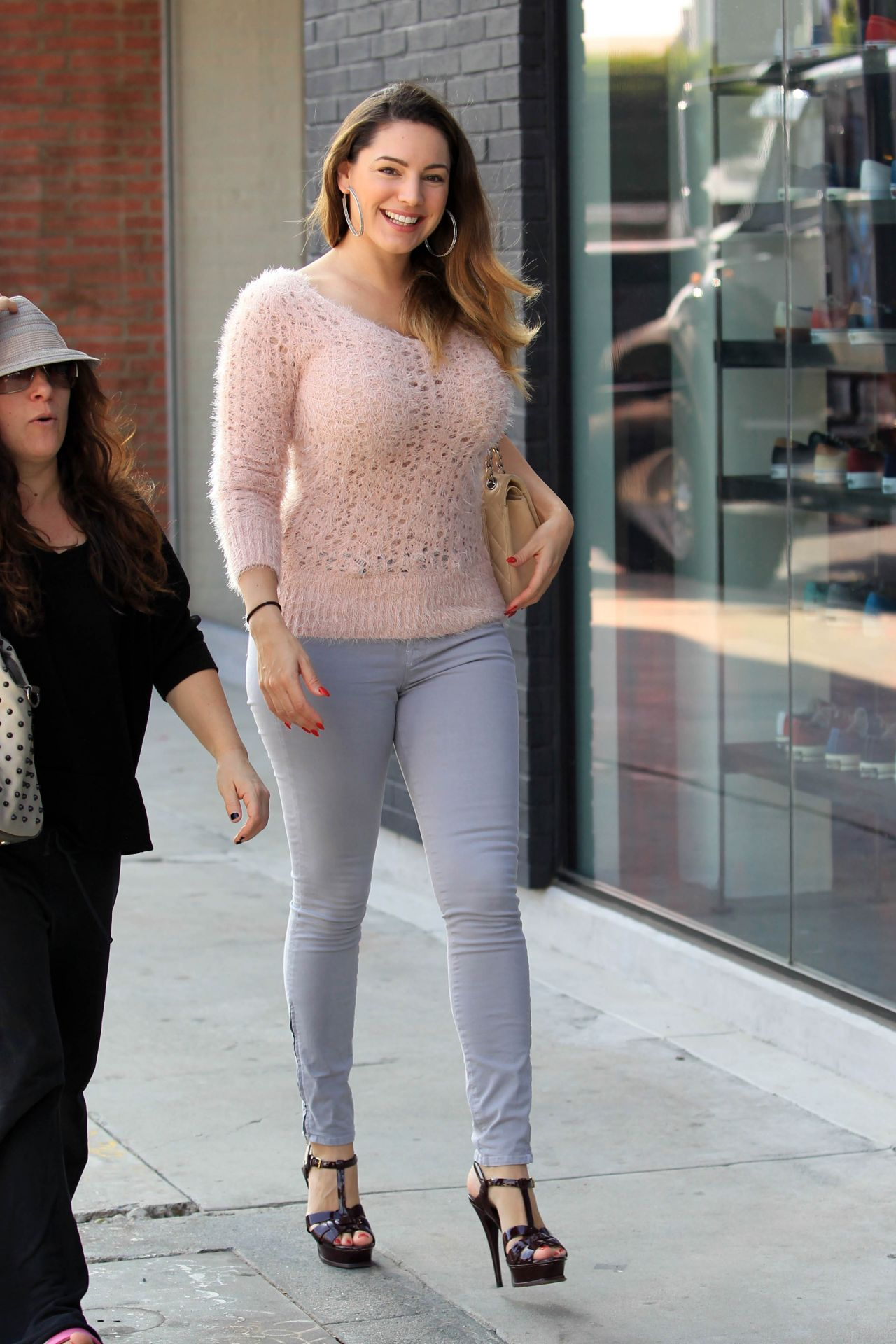 Kelly Brook Casual Style - Leaving Sugarfish Restaurant in Los Angeles, November 2014