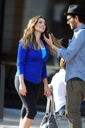 Kelly Brook - Filming a commercial for