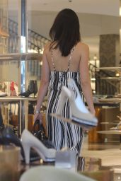 Kendal Jenner and Hailey Baldwin - Shopping at Barney