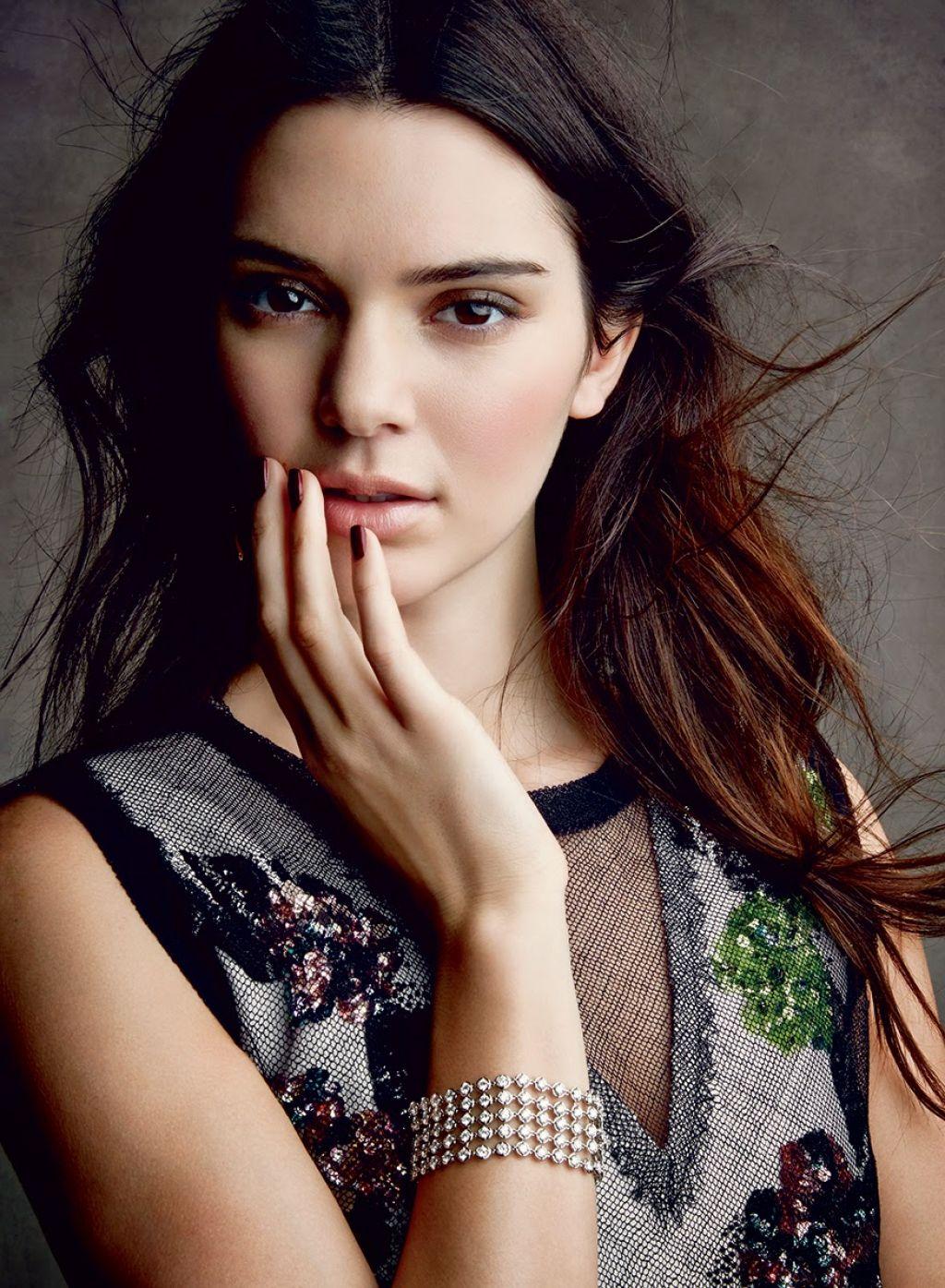 Kendall Jenner Photoshot For Vogue Magazine (US) December 2014