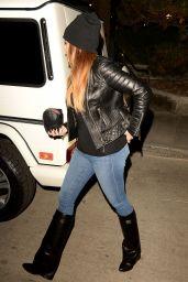 Khloe Kardashian in Tight Jeans - Topanga, November 2014