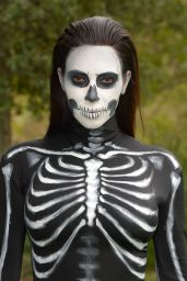 Kim Kardashian Wears Skeleton Costume - Halloween 2014