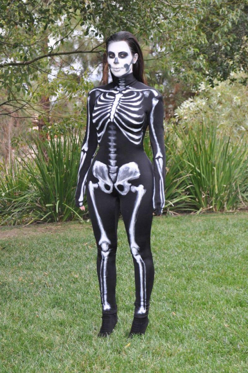 Kim Kardashian Wears Skeleton Costume