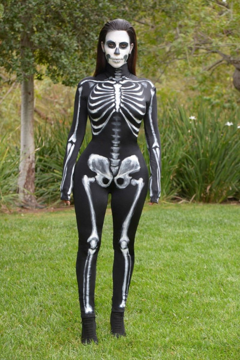 kardashian costumes Kim halloween