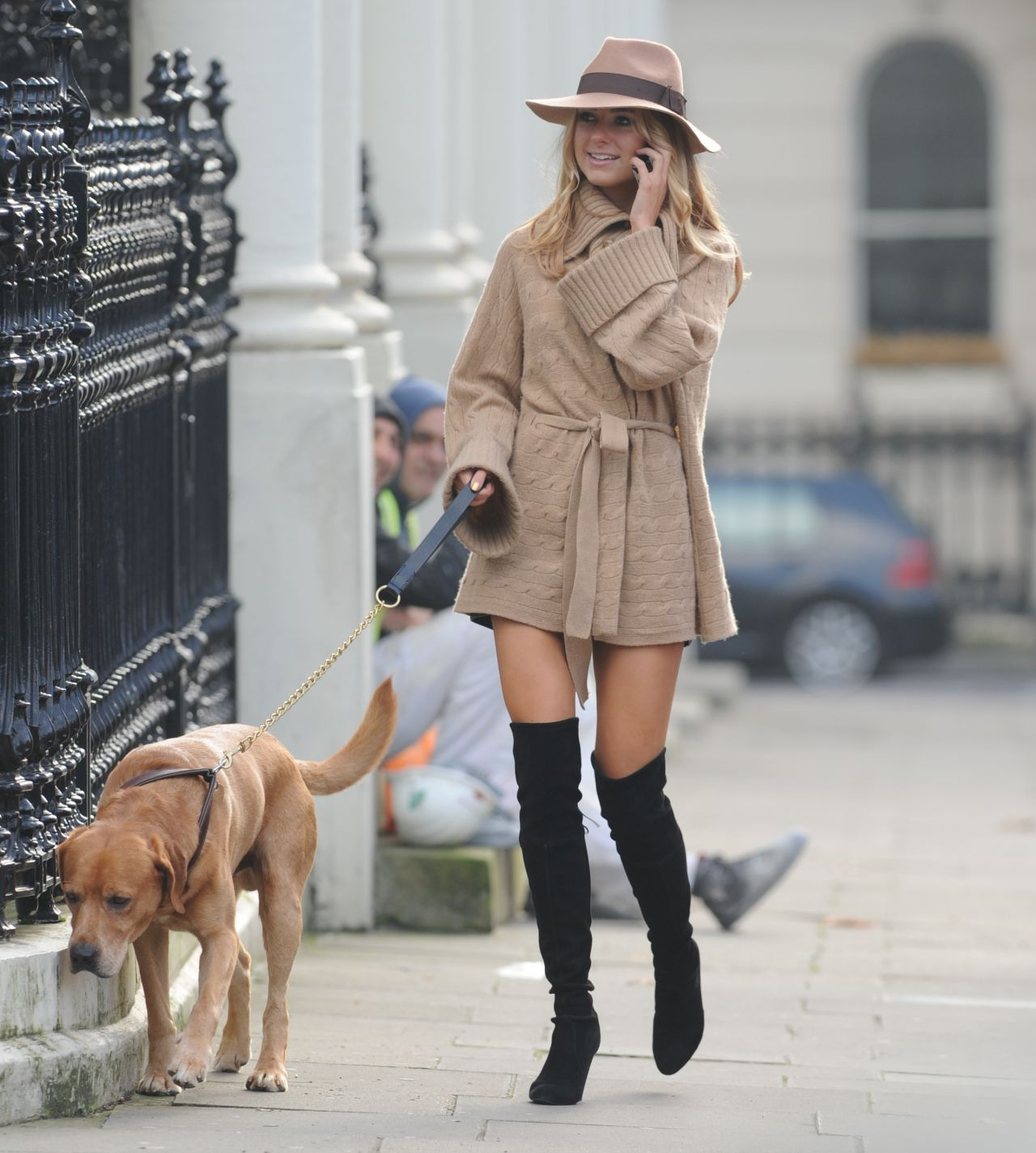 Kimberley Garner Style - Walking Her Dog in London - November 2014