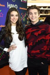 Kira Kosarin – 2014 Nickelodeon Halo Awards in New York City
