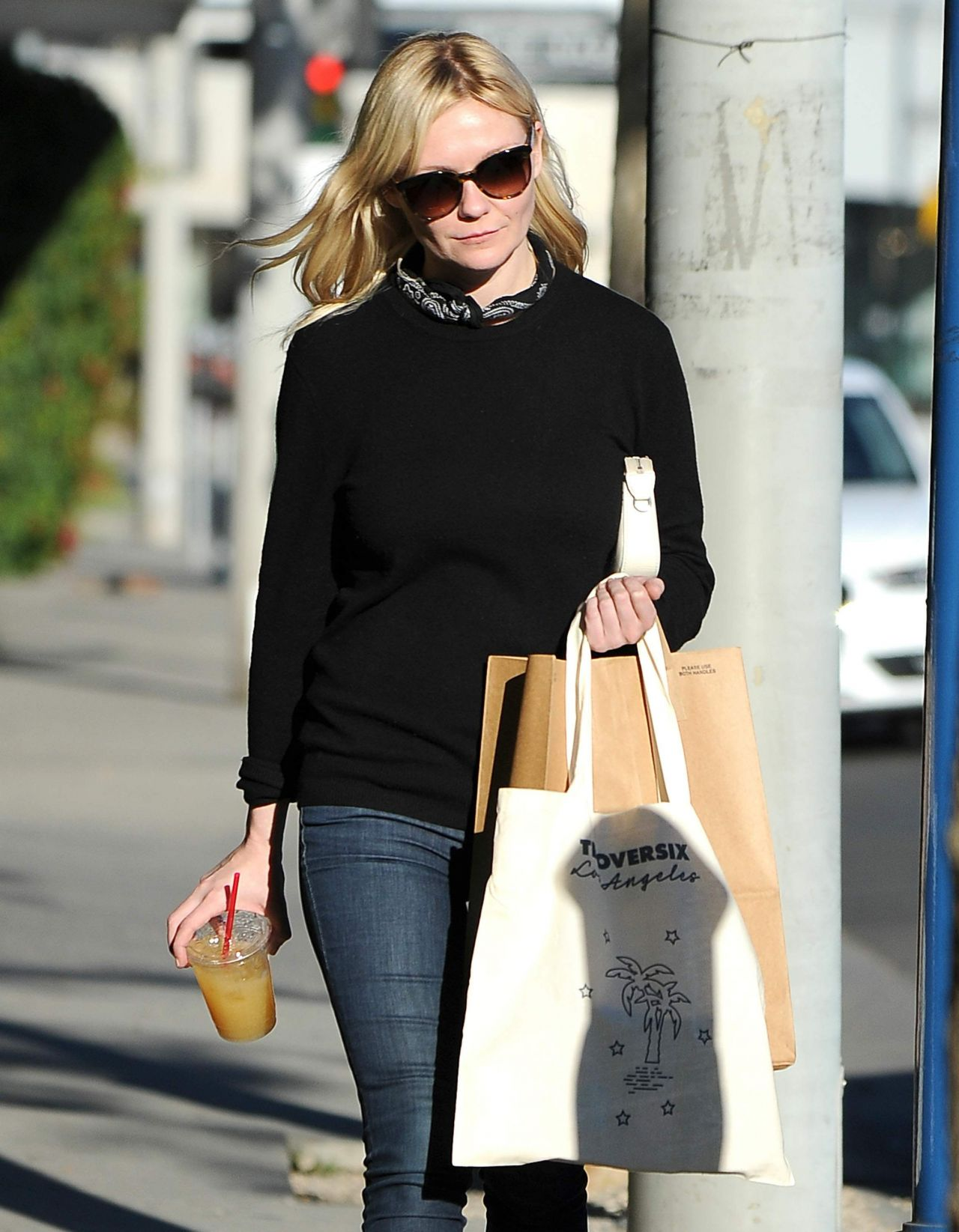 Kirsten Dunst Street Style - Shopping on Melrose in West ...