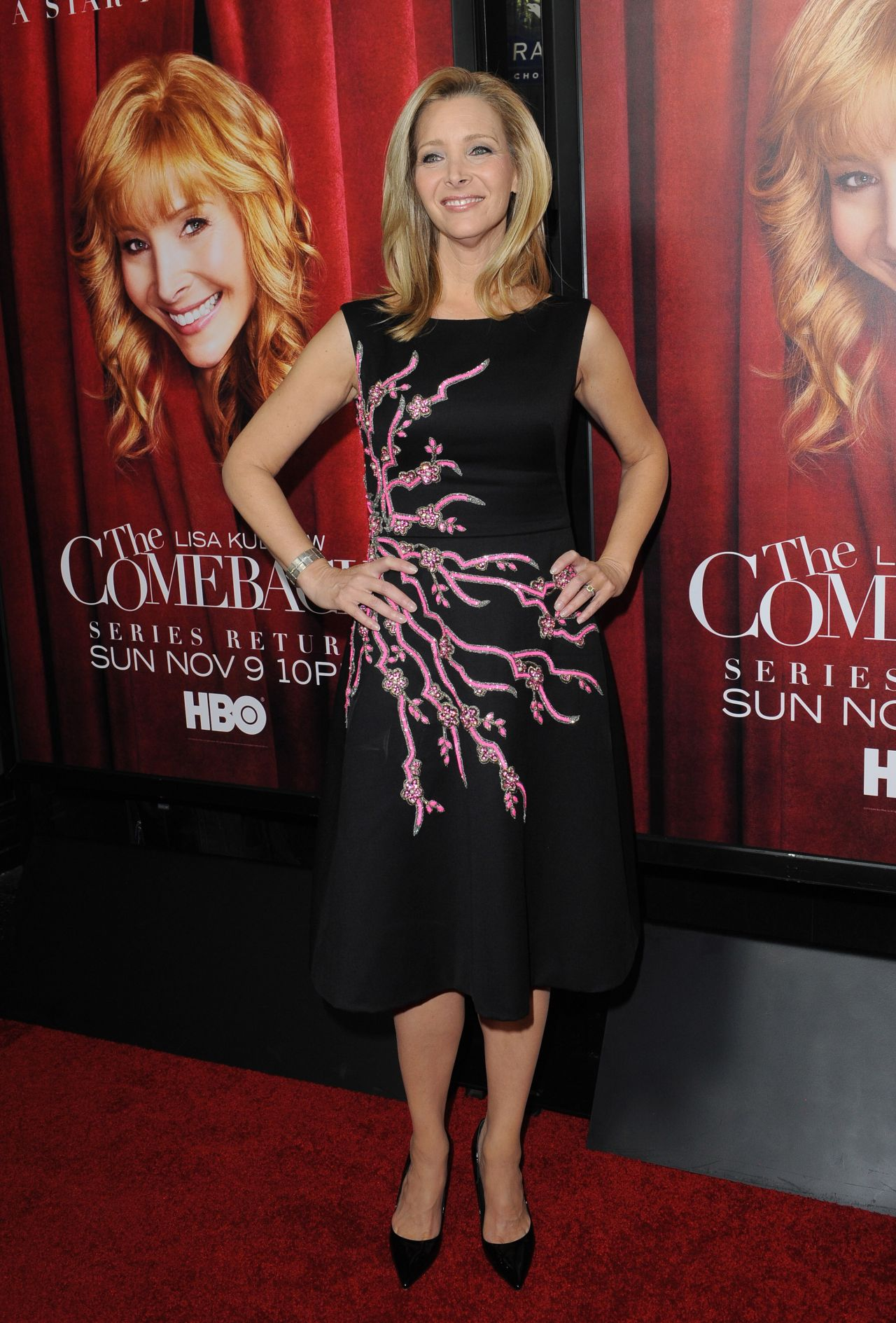 Lisa kudrow 39 the comeback 39 tv series premiere in hollywood - Hollywood hills tv show ...