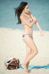 Lisa Opie Bikini Candids - on the Beach in Miami, November 2014