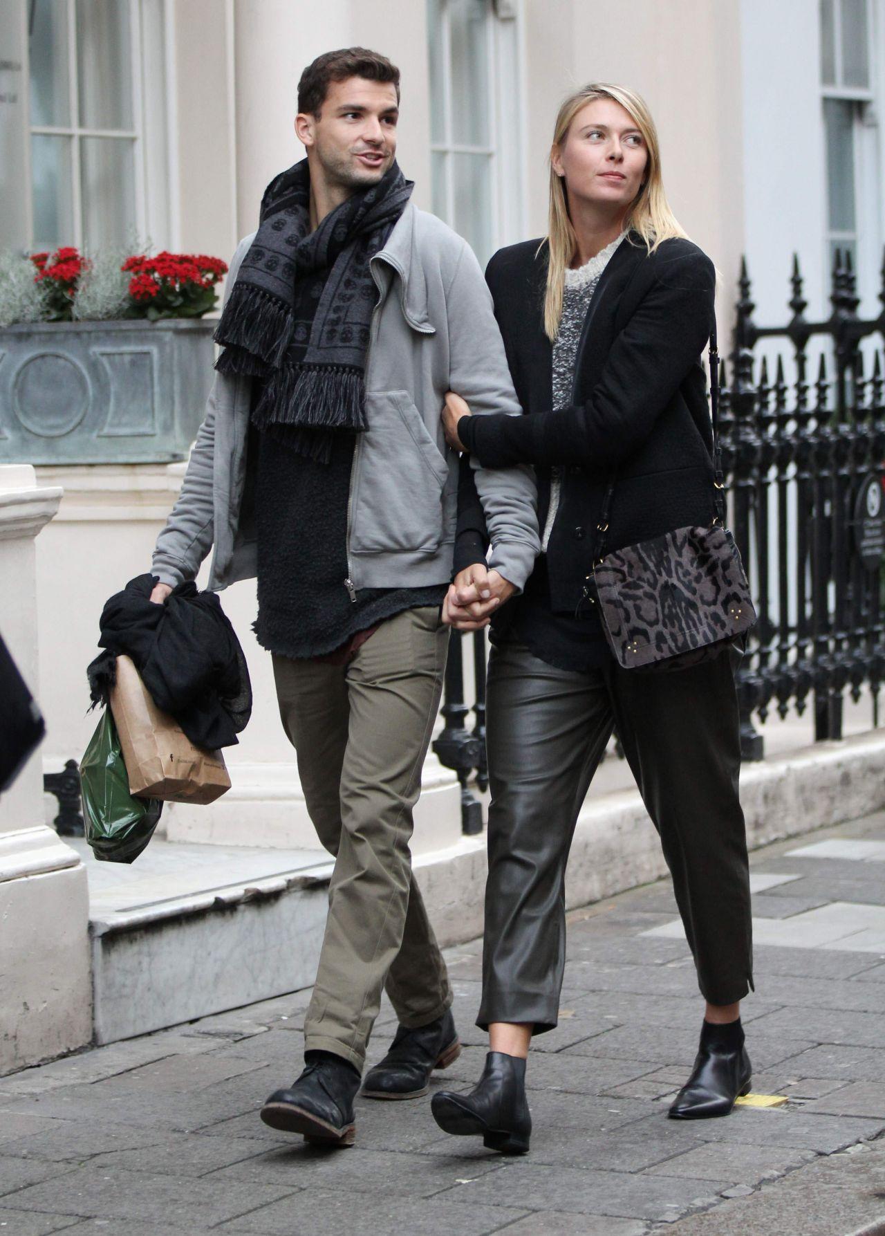 Maria Sharapova With Boyfriend - Shopping at Dover Street