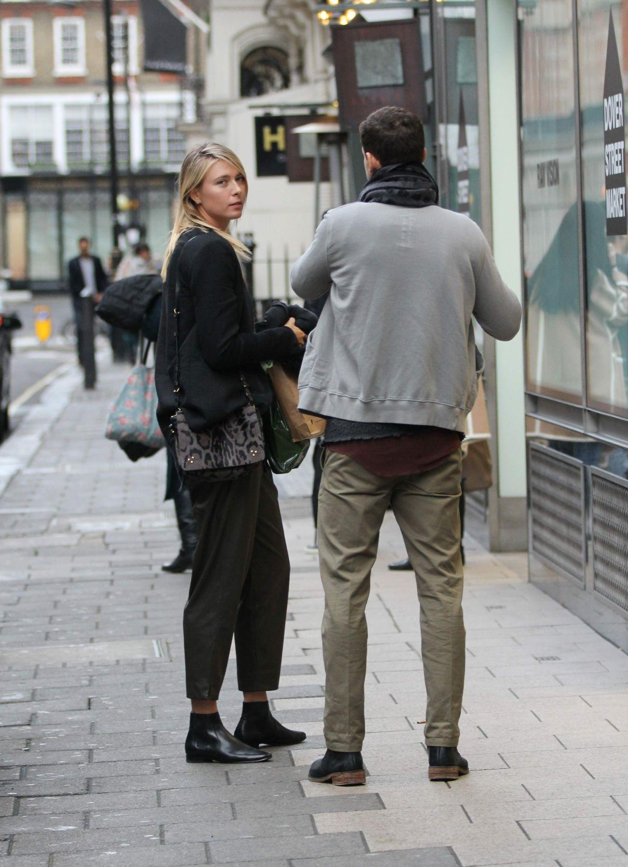 Maria Sharapova With Boyfriend Shopping At Dover Street