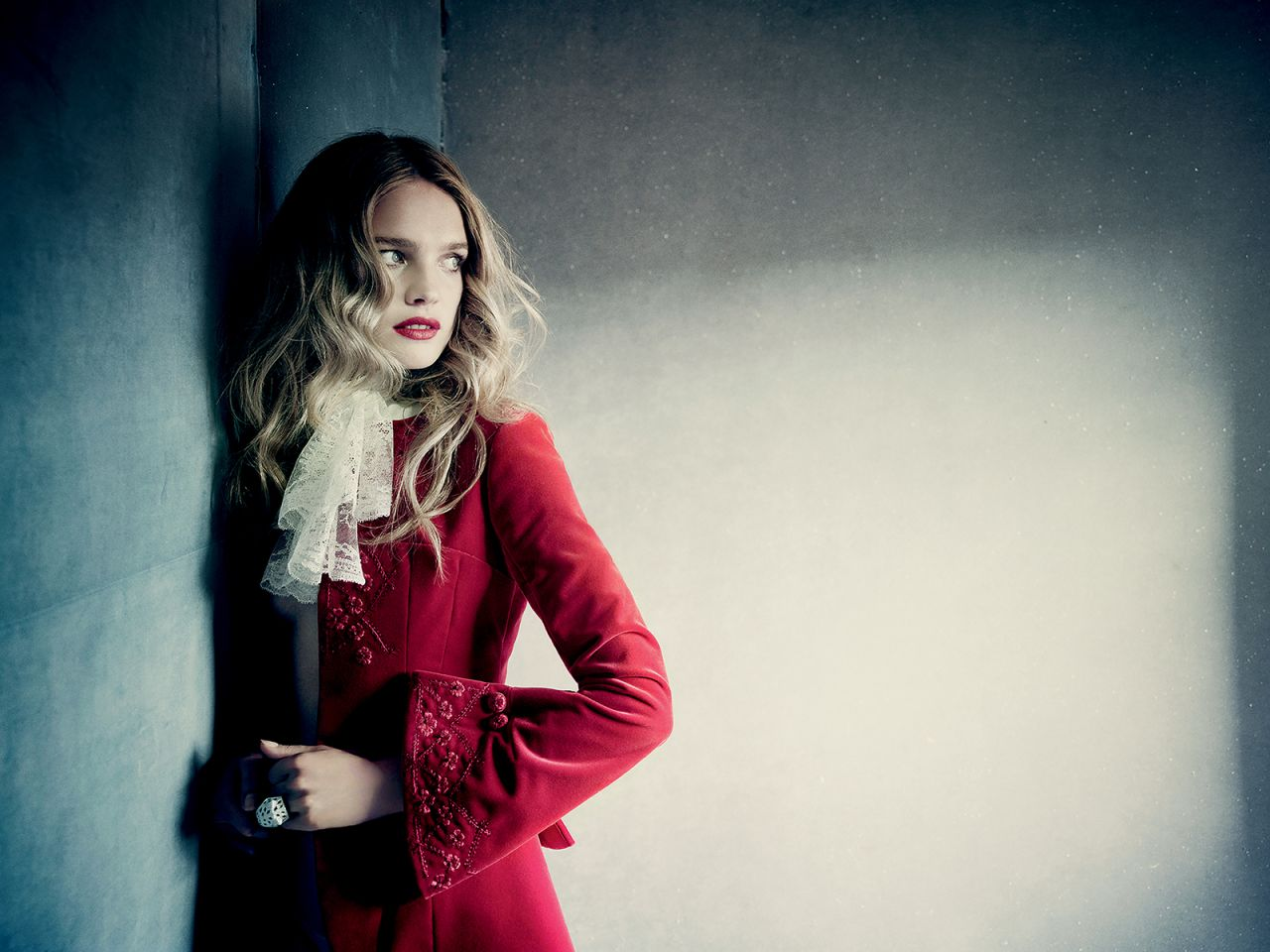 Natalia vodianova photoshoot for vogue magazine russia for Haute couture photoshoot