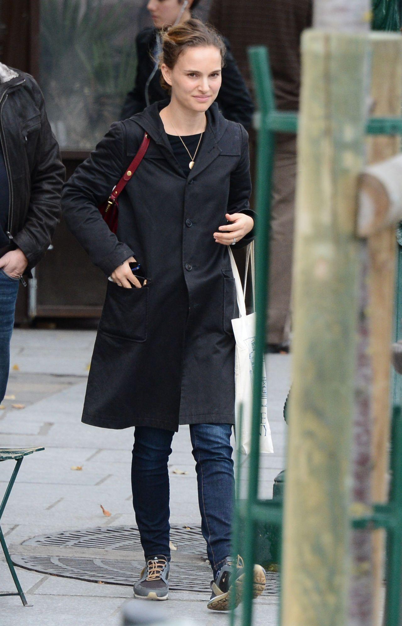 Natalie Portman Street Style Out In Paris November 2014