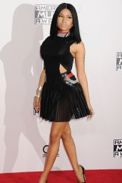 Nicki Minaj Red Carpet Photos - 2014 American Music Awards in Los Angeles
