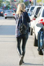 Nicky Hilton Style - Stops to Grab Some Sushi for Lunch in Beverly Hills - November 2014
