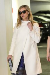 Reese Witherspoon Style - Greets Friends While Arriving at the Beverly Hilton Hotel - November 2014