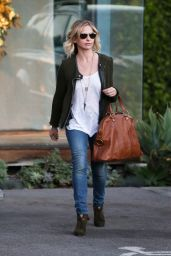 Sarah Michelle Gellar Street Style- Out in Beverly Hills, November 2014