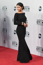 Selena Gomez Red Carpet Photos - 2014 American Music Awards