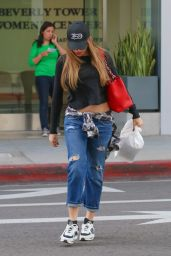 Sofia Vergara in Ripped Jeans - Out in Los Angeles, November 2014