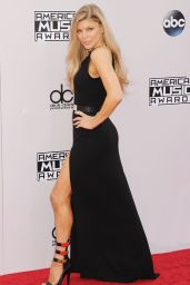 Stacy Fergie Ferguson on Red Carpet – 2014 American Music Awards in Los Angeles