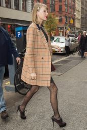 Taylor Swift Street Fashion - Out in New York City - November 2014