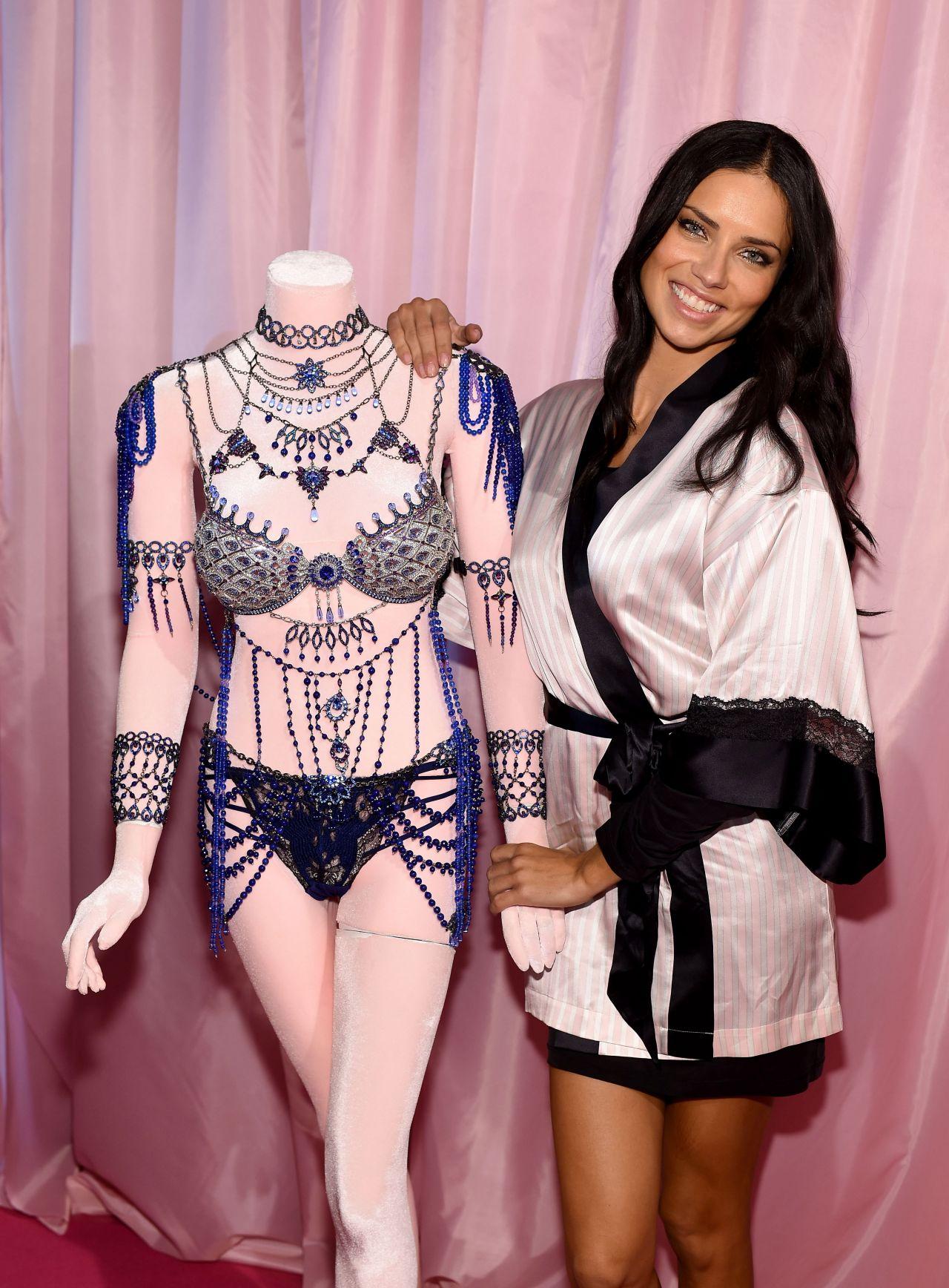 Adriana Lima - 2014 Victoria\'s Secret Fashion Show in London ...