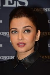 Aishwarya Rai - Inaugurates New Longines Boutique - Mumbai - December 2014