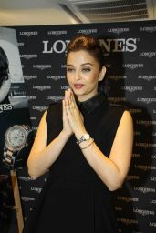 Aishwarya Rai - Inaugurates New Longines Boutique - Mumbai - December 2014
