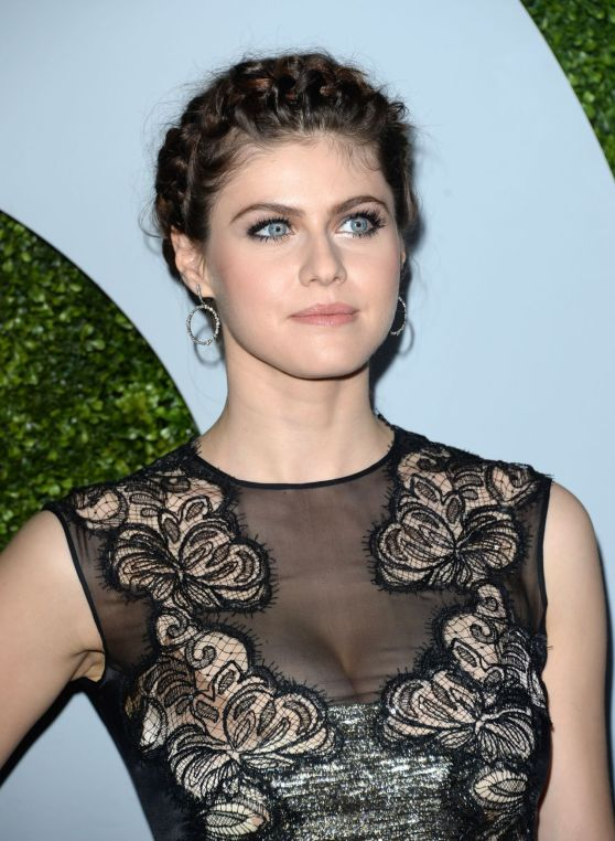 alexandra-daddario-2014-gq-men-of-the-year-party-in-los-angeles_1