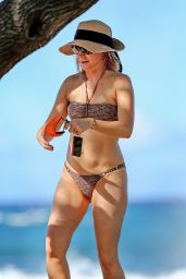 Alyson Hannigan Bikini Pics - at a Beach in Hawaii - November 2014