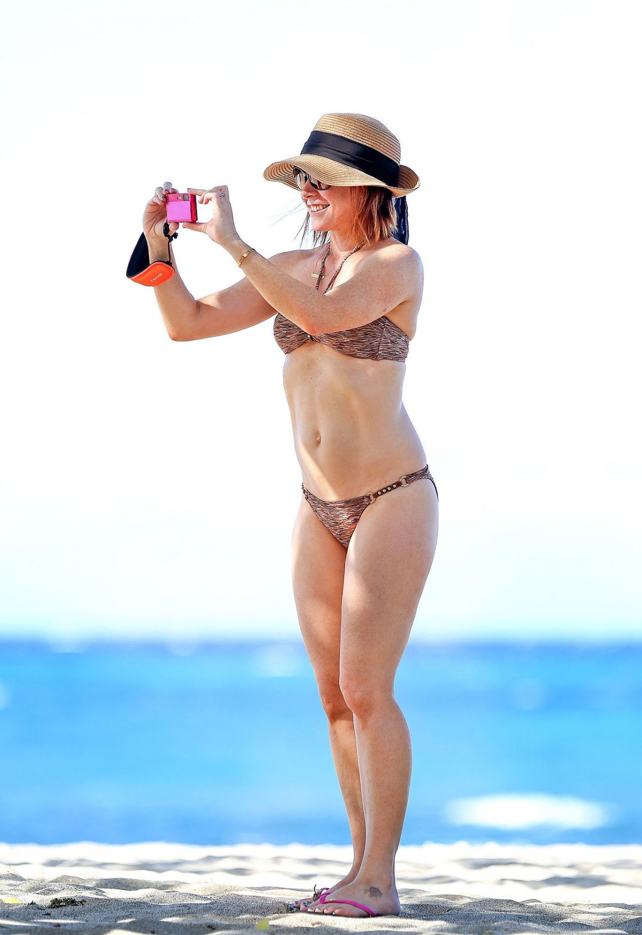 Bikini Alyson Hannigan nudes (11 foto and video), Pussy, Is a cute, Instagram, bra 2017