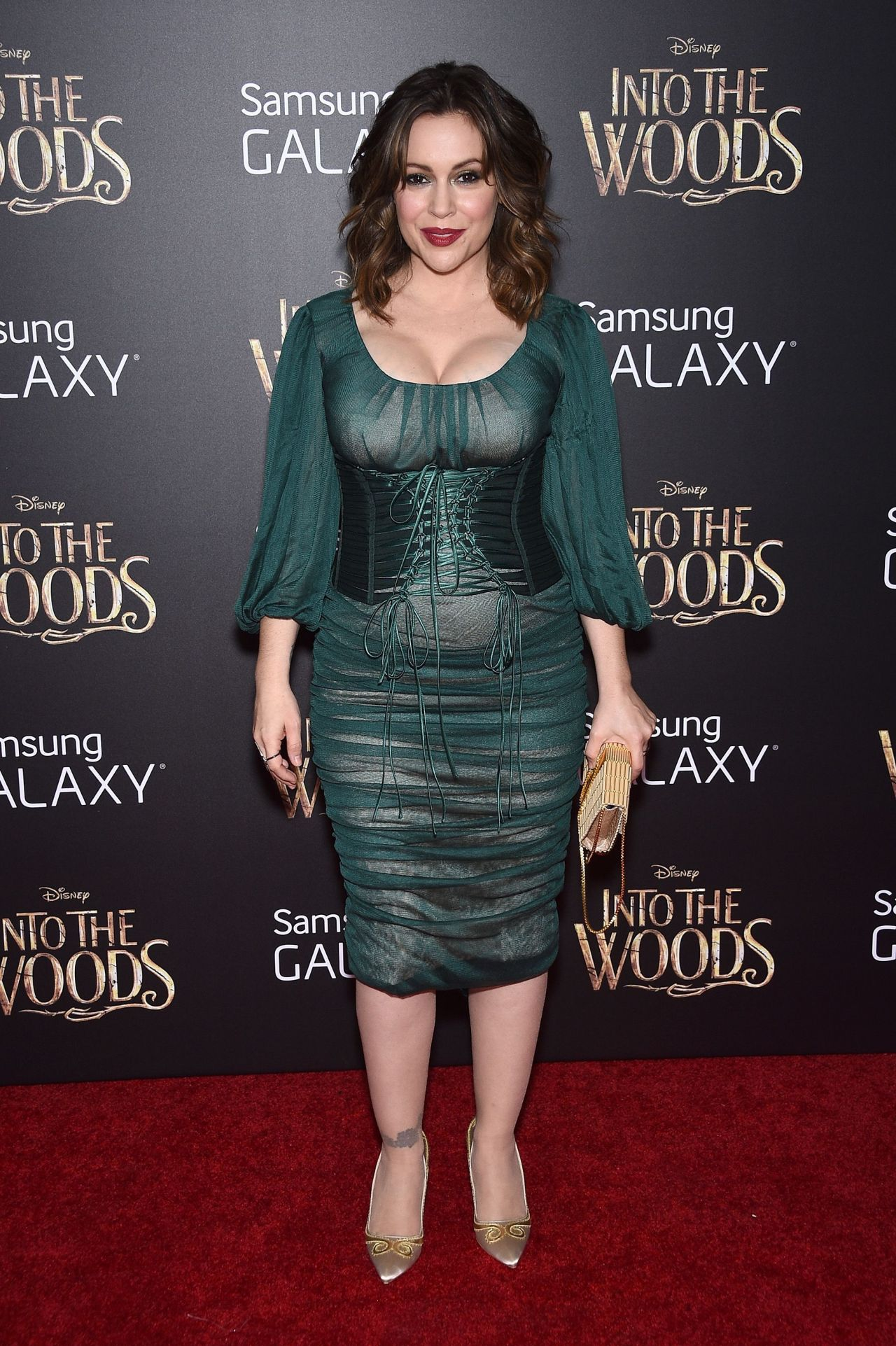Alyssa Milano Into Woods Premiere New Yortk City