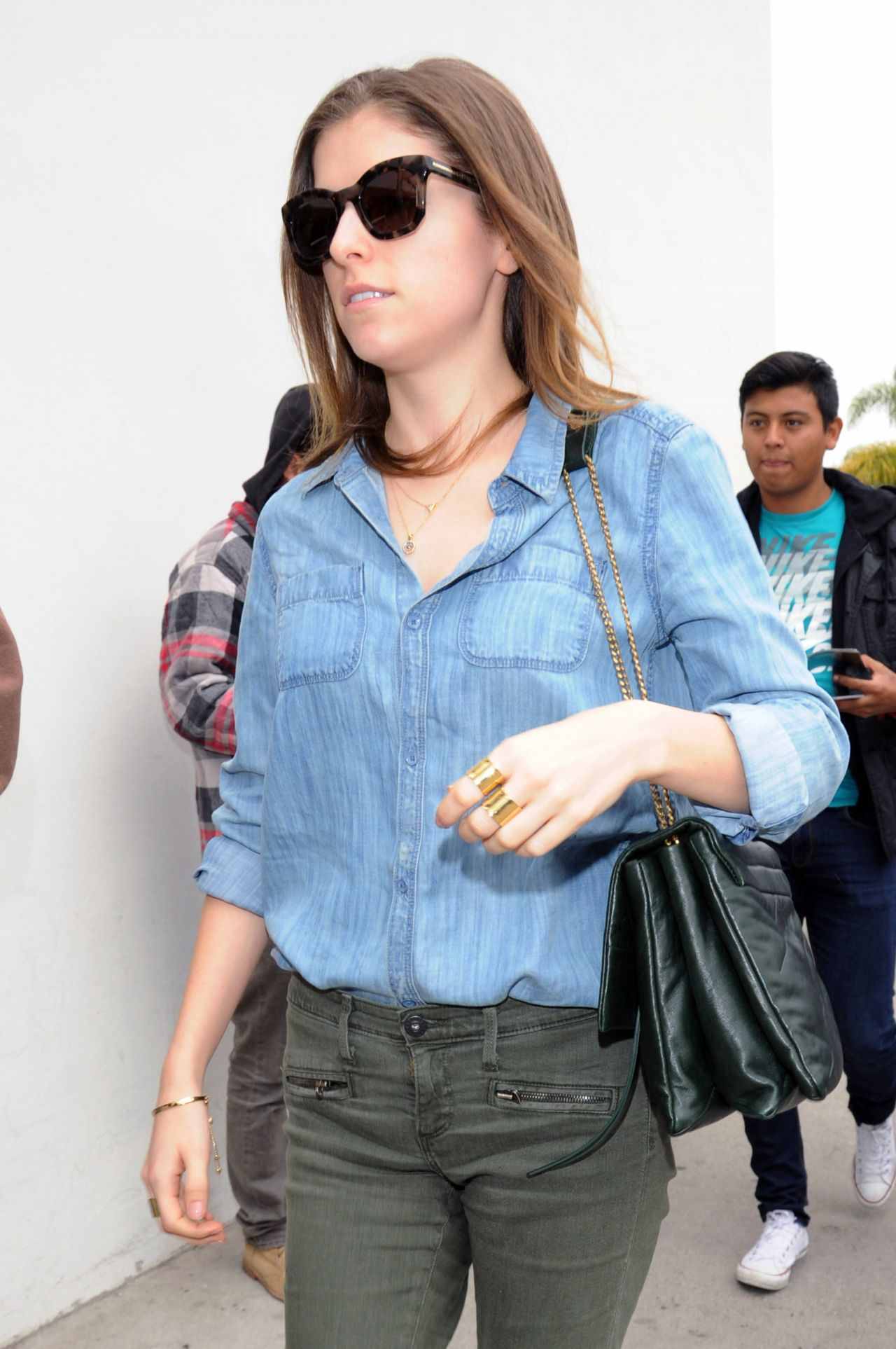 Anna Kendrick Casual Style - at LAX Airport - December 2014