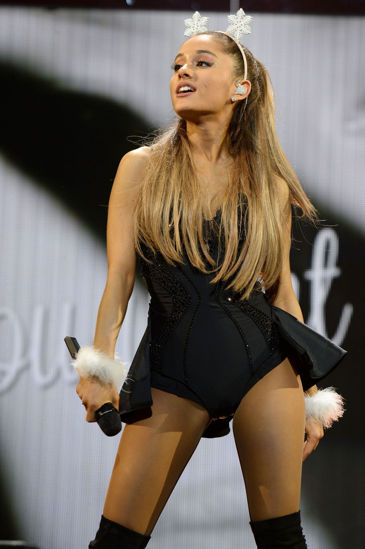 Ariana Grande - Y100S Jingle Ball 2014 In Miami-8197