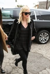 Ashlee Simpson Shopping in Los Angeles, December 2014