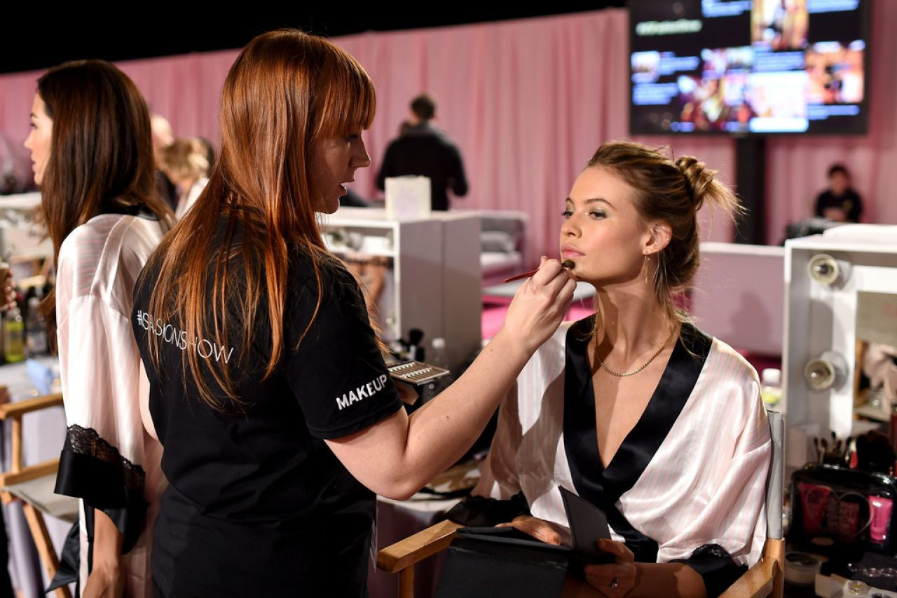 Behati Prinsloo – 2014 Victoria's Secret Fashion Show in London – Hair And Makeup