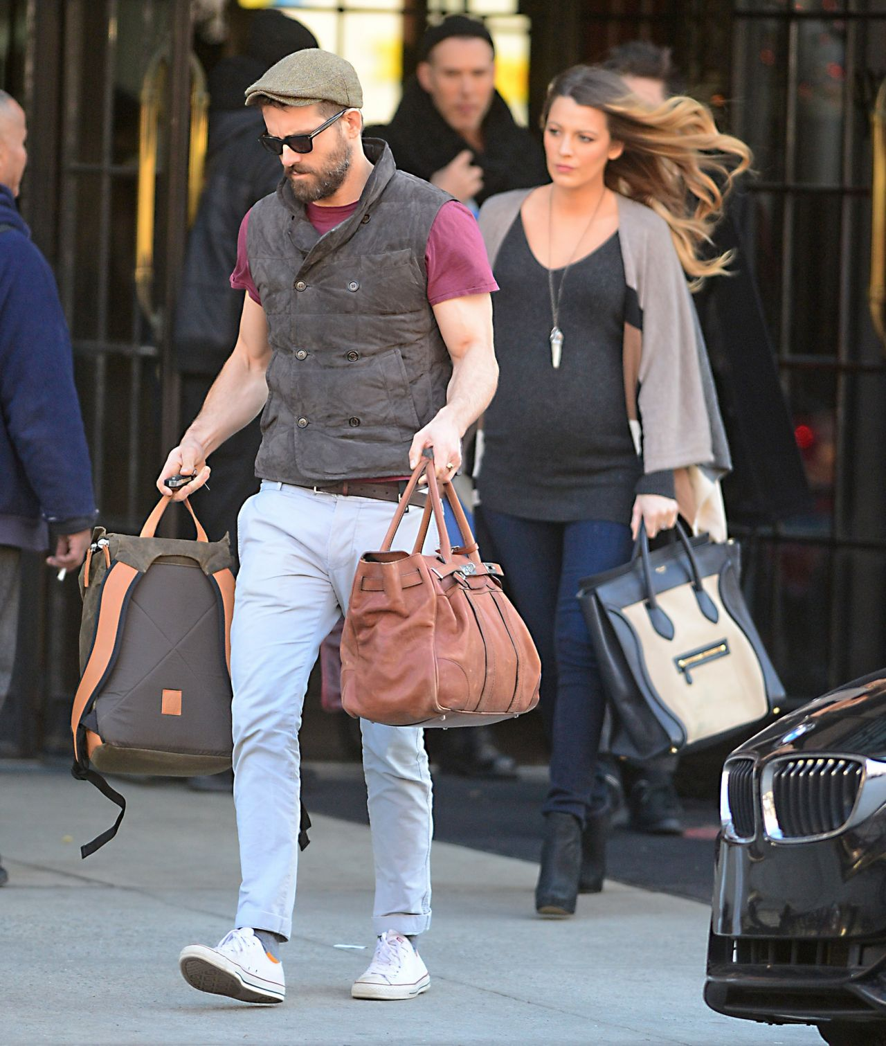 Blake Lively and Her Husband Ryan Reynolds - Out in NYC ... Sandra Bullock Nc