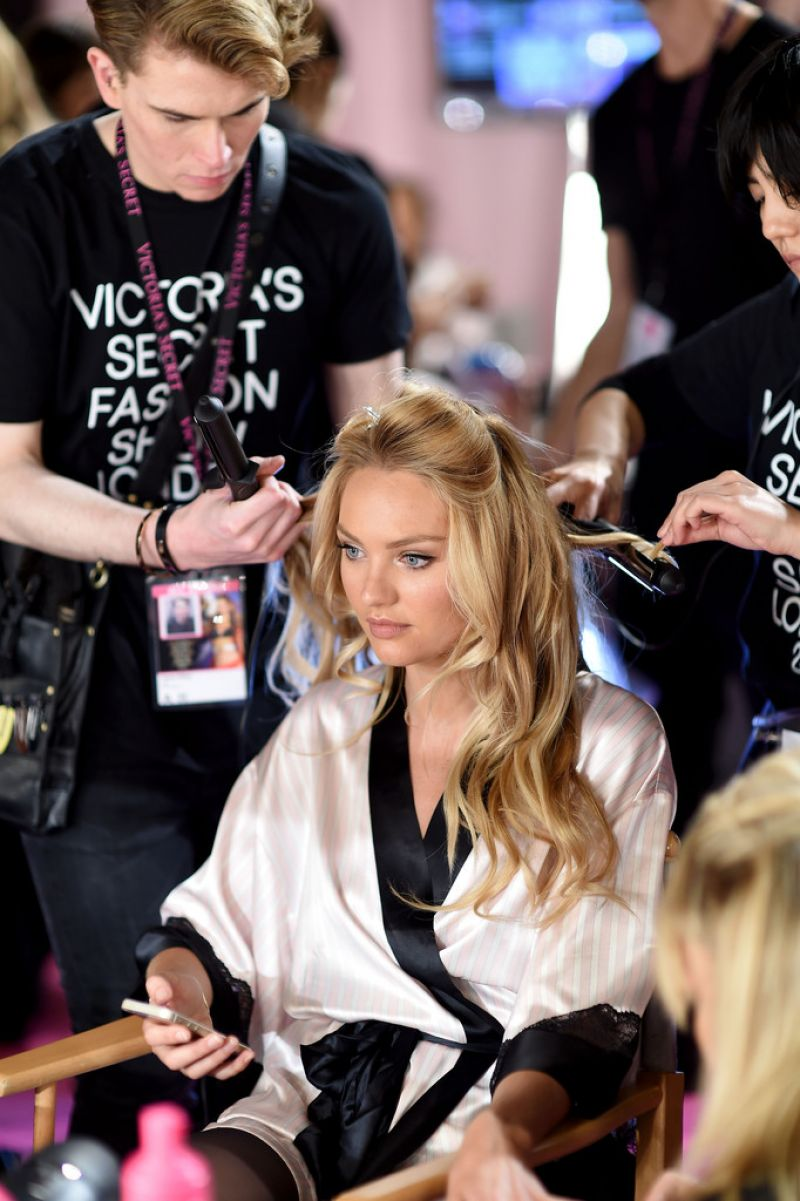 Candice Swanepoel – 2014 Victoria's Secret Fashion Show in London – Hair And Makeup