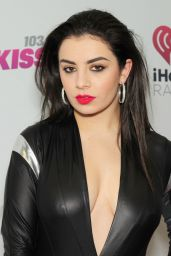 Charli XCX on Red Carpet – 103.5 KISS FM's Jingle Ball 2014 in Chicago