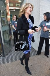 Charlotte Hawkins - Leaving the London Studios - December 2014