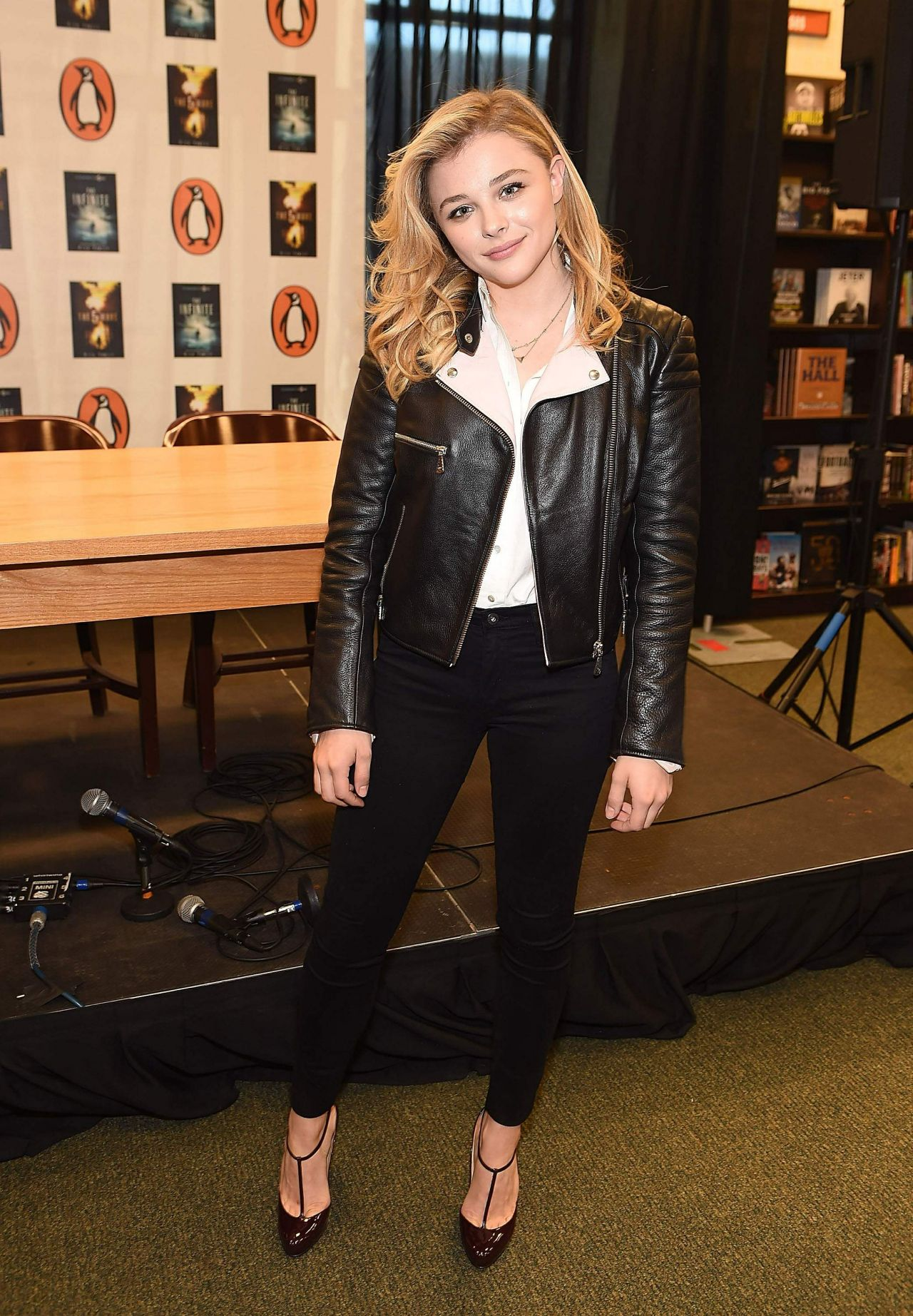 Chloe Moretz - 'The 5th Wave' Book & Movie Promotion ...