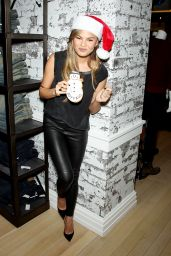 Chrissy Teigen – Lord & Taylor Flagship Guys' Night Out 2014 - Part II