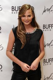 Chrissy Teigen Style - Lord & Taylor Flagship Guys