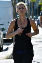 Claire Danes in Leggings - Jogging Around Sunset Boulevard - December 2014