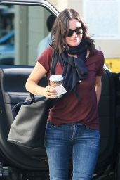 Courteney Cox in Jeans - Out in Beverly Hills - December 2014
