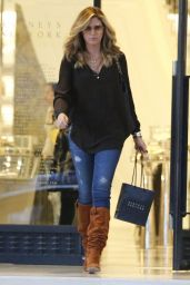 Daisy Fuentes Street Style - Shopping at Barneys New York in Beverly Hills - Dec. 2014