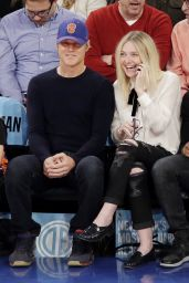 Dakota Fanning at a New York Knicks Game in New York City - November 2014