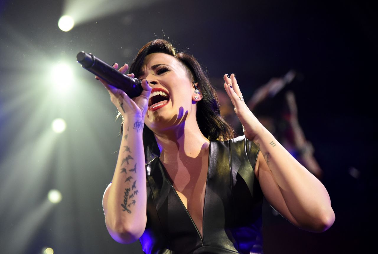 Demi Lovato Performs at KIIS FM's Jingle Ball 2014 in Los Angeles