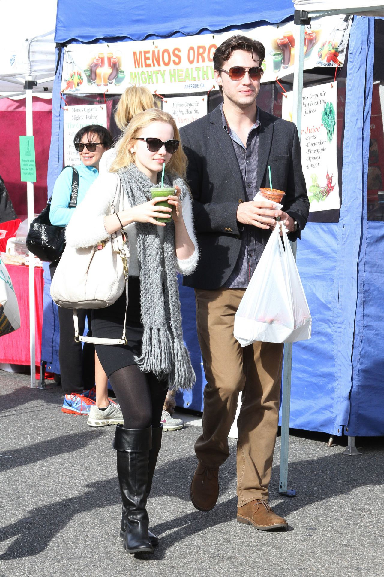 Dove Cameron Style Farmer S Market In Los Angeles Dec 2014