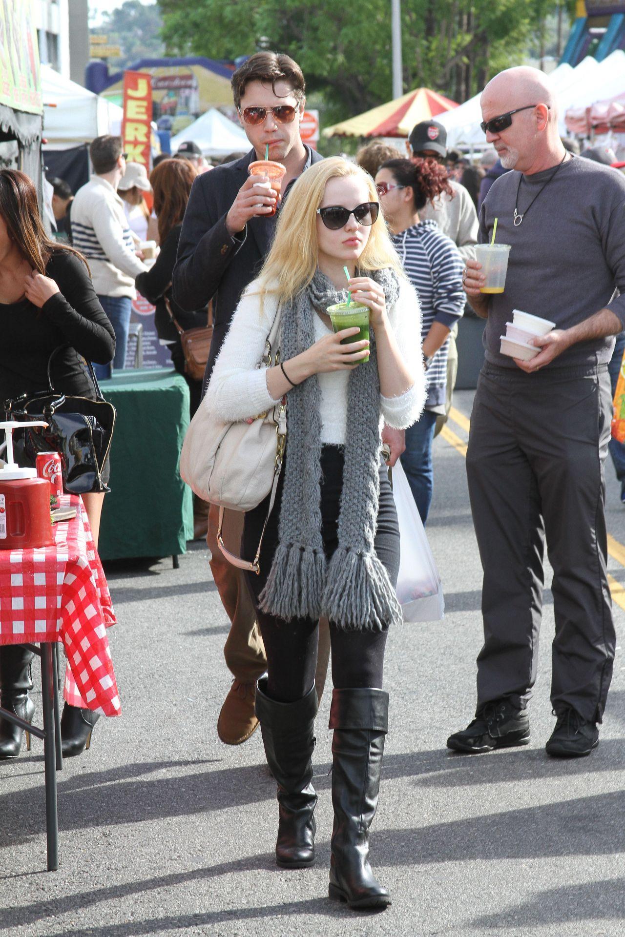 Dove Cameron Style Farmer S Market In Los Angeles Dec 2014